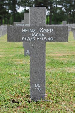 Foto van het graf / Grave photo / Grabfoto - klik voor een vergroting / enlarge photo / foto Vergrössern