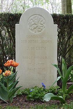 Foto van het graf - klik voor een vergroting